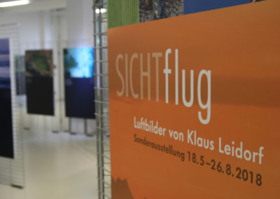Klaus_Leidorf_entrance_sign_SICHTflug_visitors