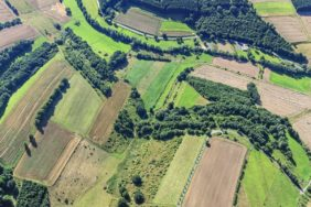 Aerial view of the Green Belt between Brochthausen in Lower Saxony and Jützenbach in Thuringia - Klaus Leidorf Aerial Photography