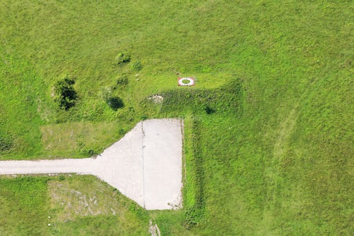 Aerial view of a floor sculpture in Auloh  - Klaus Leidorf Aerial Photography