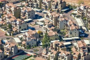 Aerial view of a new settlement unit in Johannesburg-Sandton - Klaus Leidorf Aerial Photography