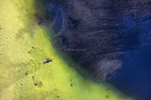 Aerial view of a surfer on the Großer Ostersee - Klaus Leidorf Aerial Photography