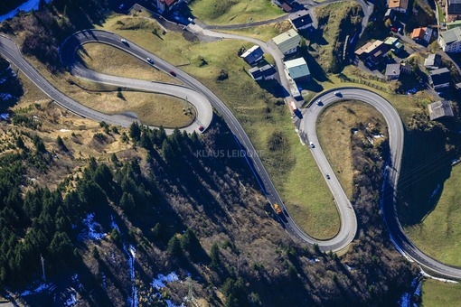 Aerial view of the Arlbergstraße near Stuben - Klaus Leidorf Aerial Photography