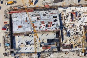 Aerial view of the construction site of the Landesamt für Finanzen in Landshut - Klaus Leidorf Aerial Photography