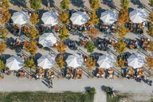 Aerial photograph of a beer garden at the Federal Garden Show 2005 in Messestadt Riem - Klaus Leidorf Aerial Photography