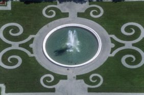 Aerial view of a fountain in the Herrenchiemsee Palace Park - Klaus Leidorf Aerial Photography