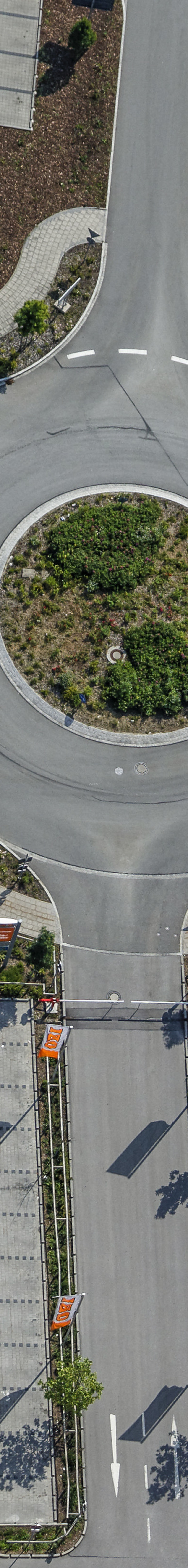 Aerial view of the customer car park in the Brunnthal-Nord industrial estate - Klaus Leidorf Aerial Photography