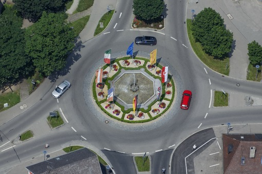 Aerial view of the roundabout in the Bahnhofstraße of Mindelheim - Klaus Leidorf Aerial Photography