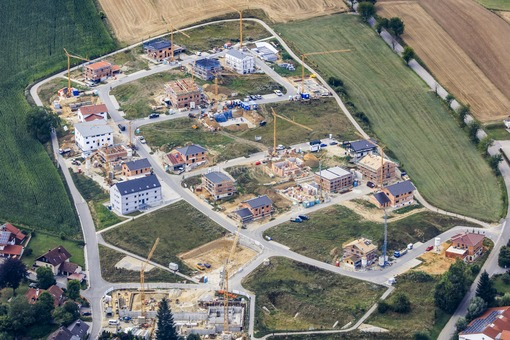 Aerial view of the Dobelfeld development area in Buch am Erlbach - Klaus Leidorf Aerial Photography