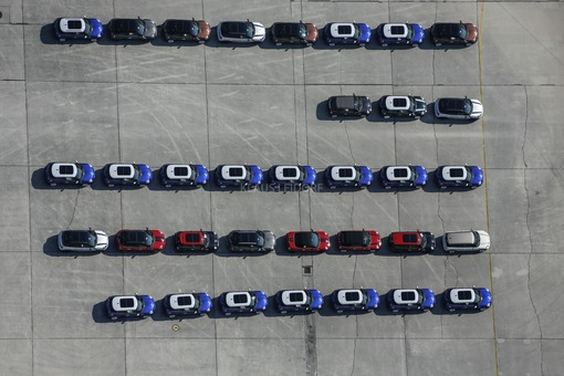Aerial photograph of Mini-BMW vehicles on the test track at Fürstenfeldbruck airport - Klaus Leidorf Aerial Photography