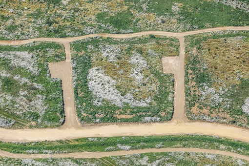 Aerial view of the construction site for a new development area in Altfraunhofen - Klaus Leidorf Aerial Photography