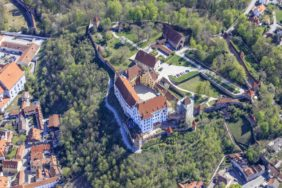 Aerial view of Trausnitz Castle in Landshut - Klaus Leidorf Aerial Photography
