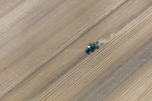 Aerial view of the potato harvest - Klaus Leidorf Aerial Photography