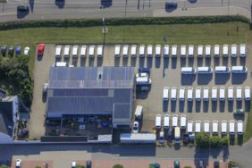 Aerial view of a car dealership in Freystadt - Klaus Leidorf Aerial Photography