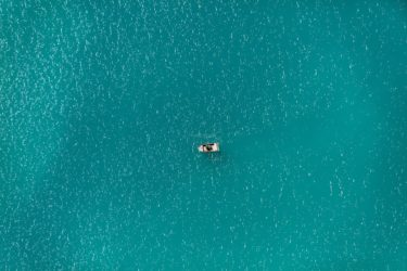 Aerial view of a rowing boat - Klaus Leidorf Aerial Photography