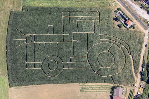 Aerial view of a tractor labyrinth in a maize field - Klaus Leidorf Aerial Photography