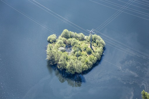 Aerial view of an island in Grafenwöhr huts - Klaus Leidorf Aerial Photography