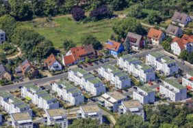 Aerial photograph of a new housing estate on Merowingerstraße in Forchheim - Klaus Leidorf Aerial Photography