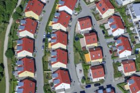 Aerial view of a new housing estate in Markt Schwaben - Klaus Leidorf Aerial Photography