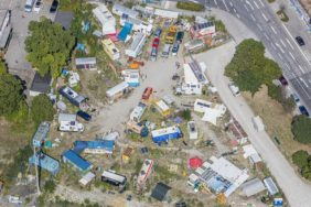 Aerial photograph of an alternative settlement on Ruppertstrasse/Tumblingerstrasse in Munich, which has since been closed down and rebuilt - Klaus Leidorf Aerial Photography