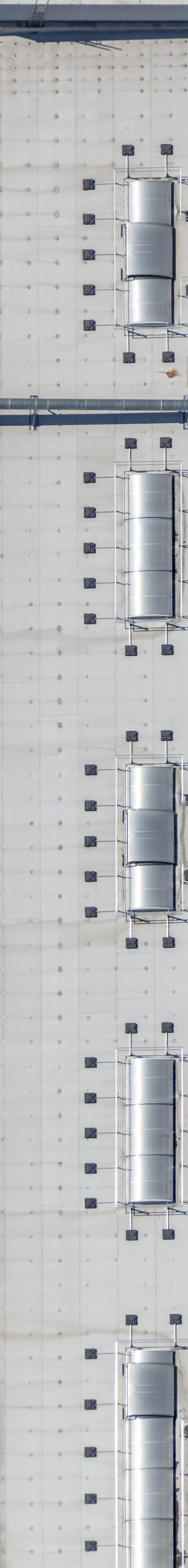 Aerial view of the roof of the kitchen manufacturer Schueller in Herriden - Klaus Leidorf Aerial Photography