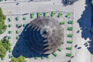 Aerial view of the relocated beer garden tables at the beer garden at the Chinese Tower in the English Garden in Munich - Klaus Leidorf Aerial Photography