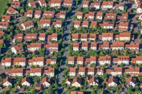 Aerial view of a housing estate in Oberasbach - Klaus Leidorf Aerial Photography